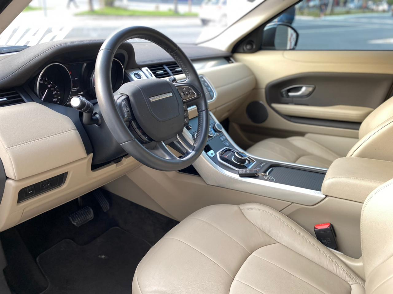 Land Rover Range R.EVOQUE SI4 SE 2.0 Aut. 5p