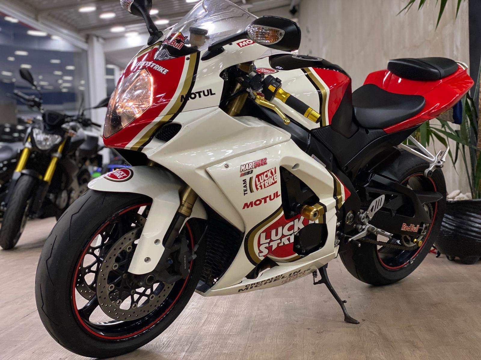 Foto do veiculo SUZUKI GSX-R 1000