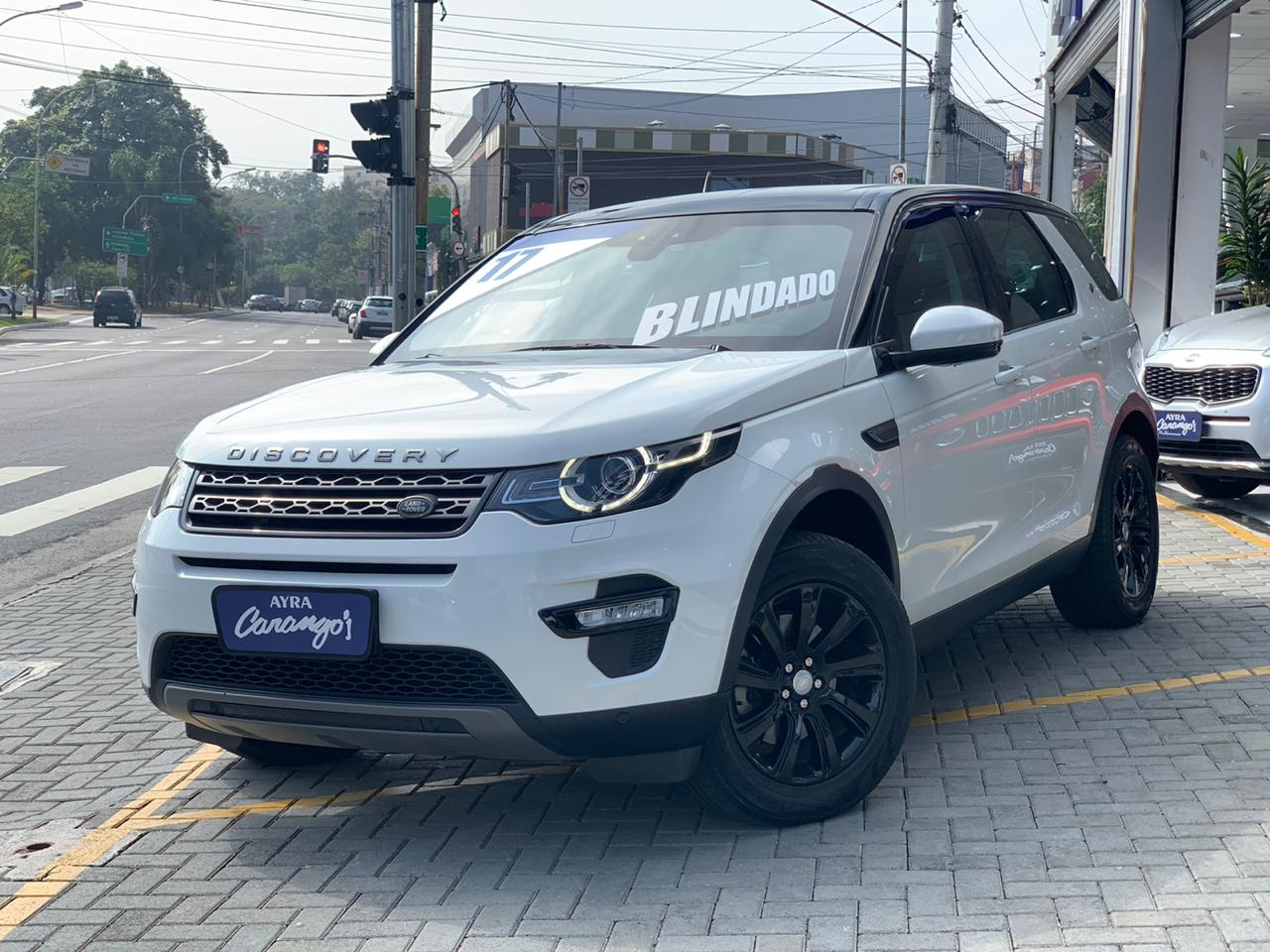 Foto do veiculo Land Rover Discovery Sport SE 2.0 4x4 Diesel Aut.