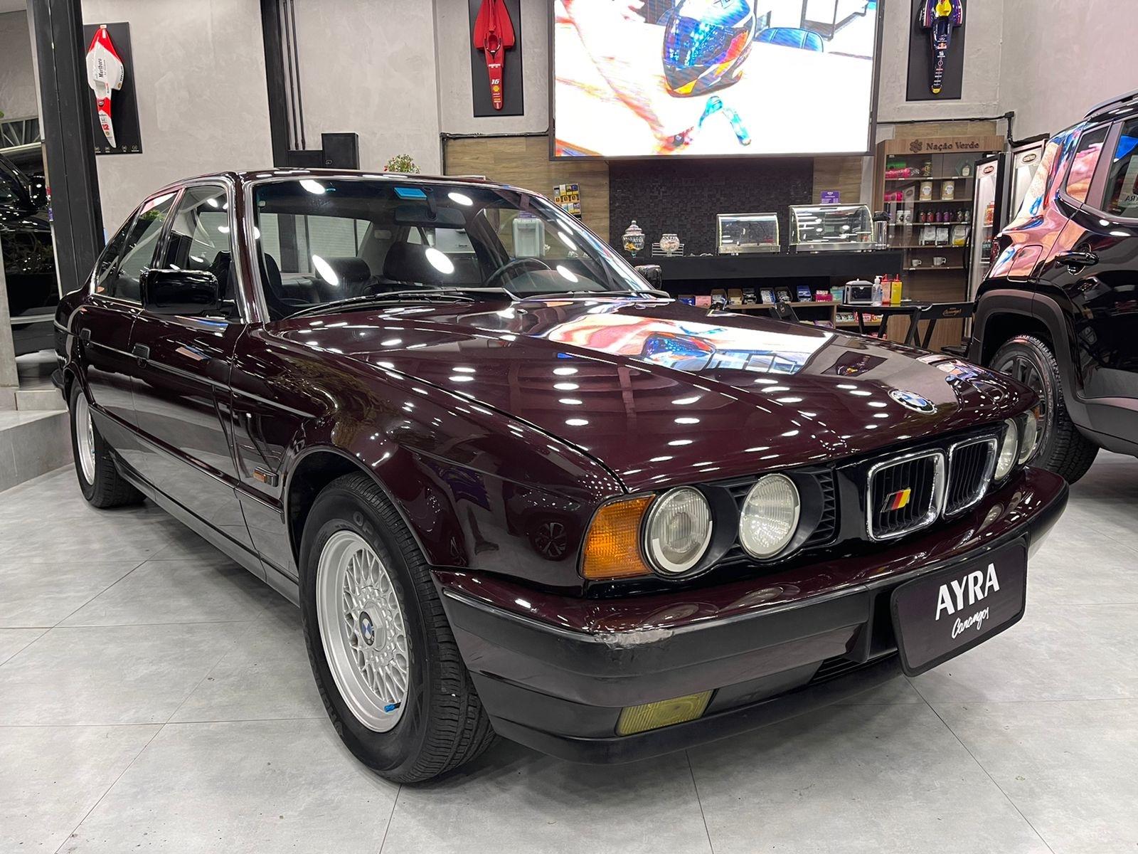Foto do veiculo BMW 530i/iA